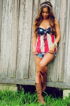 America The Beautiful Top: Navy/Red/Cream