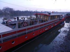 hotelboat