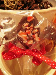 Girls in Aprons: Christmas Gift Idea: Hot Cocoa Stirrers