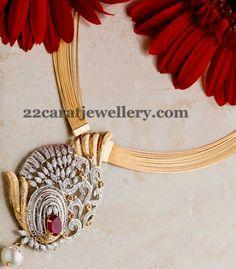 Jewellery Designs: Trendy Chic Diamond Locket