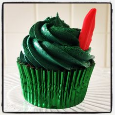 Simple but adorable Peter Pan cupcake