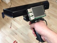 Raspberry pi and kinect = scanner. - Arduino - Raspberry pi Raspberry pi and kinect = scanner. Raspberry pi and kinect = scanner. Diy Tech, Cool Tech, Diy Electronics, Electronics Projects, Scaner 3d, Projetos Raspberry Pi, 3d Scanners, 3d Camera, Computer Projects