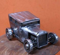 1:10 Scale Crude Metal Mini Hot Rod Statue, Price: €250 (£196.96). http://bbdesignz.nl/products/mini-cars-1-10
