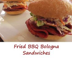 I never had fried bologna until I moved to the midwest. These fried BBQ bologna sandwiches are so good that we made them twice this week already. Bologna Burger Recipe, Bologna Recipes, Bologna Sandwich, Baked Sandwiches, Types Of Sandwiches, Wrap Sandwiches, Slider Recipes, Wrap Recipes, Burger Recipes