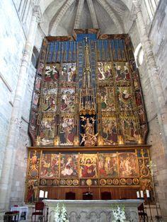 Catedral de Tudela: retablo mayor gótico hispano flamenco, de finales del siglo XV (1487-1492), cuyos artífices son Pedro Díaz de Oviedo y Diego del Águila / Por Alberto – flickr