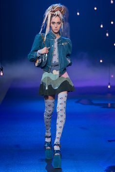 Marc Jacobs Spring 2017 Ready-to-Wear Fashion Show - Teddy Quinlivan