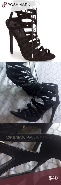Heels I have this Topshop heels for sale never used they are size 40 in Vietnam or 8. The regular price is $80 I'm selling them for $20 Topshop Shoes Heels