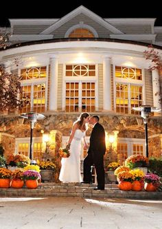 Autumn weddings are spectacular in the Olde Mill Inn courtyard!  (photo by John Arcara)