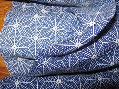 Stoff grafische Muster - Kimonostoff,Asanoha,Ikat, Blau,Material - ein Designerstück von nokimo-kimonos-kelims-webart-unikate bei DaWanda