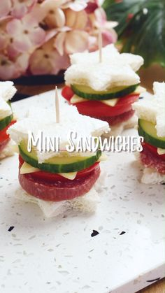 Mini Sandwiches Perfect as finger food for the next party! Mini Sandwiches, Tea Party Sandwiches Recipes, Finger Sandwiches, Roast Beef Tea Sandwiches, Tea Party Recipes, High Tea Recipes, English Tea Sandwiches, Italian Sandwiches, Cucumber Tea Sandwiches