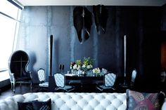 Avia black by Zaha Hadid for Gothic Glam Loft at The Ritz-Carlton Residences, Los Angeles, CA. Project by BAM Design Lab. Craftsman Furniture, Interior Architecture, Interior Design, Black Rooms, Elegant Dining Room, Urban Loft, Dark Interiors, Eclectic Decor, Decoration