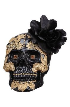 Glam up your Halloween get-together with this stunning skull decoration.