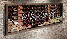 Quadro para Rolhas Panorâmico - In Vino Veritas  Este quadro possui um fundo fotográfico com a imagem de uma adega e o texto in Vino Veritas.  #quadropararolhas #vinho #portarolhas #espaçogourmet #wine