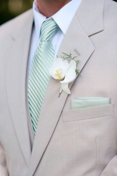 Photo Captured by Nate Henderson via Southern Weddings - Lover.ly