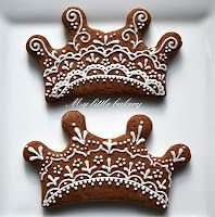 How divine are these perfectly iced gingerbread crowns! My little bakery :): Wedding/bridal Crown Cookies, Cake Cookies, Sugar Cookies, Crown Party, Tiara Hairstyles, Meringue Cookies, Wedding Cookies, Make A Gift, Party Hats