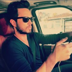 Murat Boz ❤️ Turkish Men, Turkish Actors, Wayfarer, Ray Bans, Mens Sunglasses, Actresses, Celebrities, Inspiration, Style