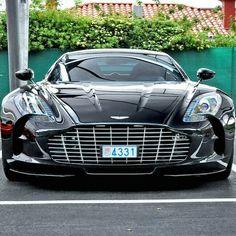 Aston Martin One77 Maserati, Bugatti, Ferrari, Luxury Sports Cars, Aston Martin Cars, Aston Martin Vanquish, Sexy Cars, Hot Cars, My Dream Car