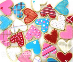 Red, with the pink and white dots..now that's a Valentine's Day cookie!