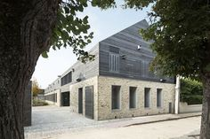 Maison du parc naturel régional du gâtinais français à Milly-la-Forêt par Joly-Loiret - Actuarchi