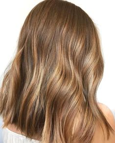 17 Golden Brown Hair Colour Ideas - The Best Brunette Hair Colour Shades, Golden. - - 17 Golden Brown Hair Colour Ideas - The Best Brunette Hair Colour Shades, Golden brown hair color. Only an image of this color can make people feel wa. Brown Hair Cuts, Brown Hair Shades, Light Brown Hair, Brown Hair Balayage, Brown Blonde Hair, Brown Hair With Highlights, Gold Brown Hair, Front Highlights, Honey Highlights