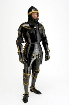 Robert MacPherson made this armour for Dr. Capwell, it is based on Toby's research of mid-15th century English effigies.