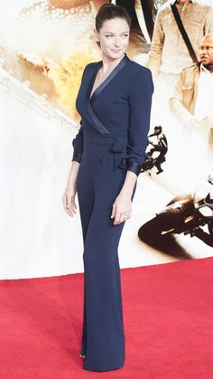 Rebecca Ferguson - Mission: Impossible - Rogue Nation Premiere in London, Rebecca Ferguson Style, Outfits and Clothes. Most Beautiful Women, Beautiful Outfits, Rebecca Ferguson Actress, Ladies Trouser Suits, Black Leather Dresses, Beautiful Blouses, Celebs, Celebrities, Fandoms