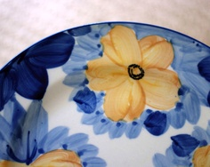 Cobalt Blue and Marigold Yellow Floral Cake Pedestal $28