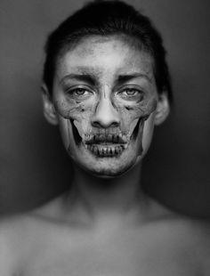 "Juxtapoz Magazine - Skull Portraits: ""Intuition"" by Carsten Witte (NSFW) Dark Photography, Portrait Photography, School Photography, Skull Makeup, Zombie Makeup, Anatomy Art, Human Anatomy, Computer Art, Crazy Makeup"