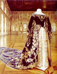 Xenia Alexandrovna's court robe. One of the major features of Russian court dress was the extensive embroidery of the bodice, sleeves, skirt, and under-skirt.