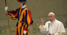 Papa diz que Vaticano sofre de 'Alzheimer espiritual'