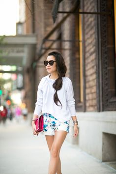 Casual Floral :: Tailored shorts & Magenta details :: Outfit :: Top :: ASOS Bottom :: Lovers + Friends Bag :: Valentino Shoes :: Manolo Blahnik Accessories :: Karen Walker sunglasses, Cartier watch, Wendy's Lookbook X Tacori Promise Bracelet Published: July 30, 2014