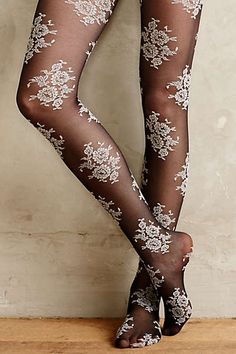 Chattoway Lace Tights by Hansel From Basel Black Motif from Anthropologie. Saved to Clothing. Grunge Look, Grunge Style, 90s Grunge, Soft Grunge, Grunge Outfits, Pantyhosed Legs, Lace Tights, Floral Tights, Fashion Tights