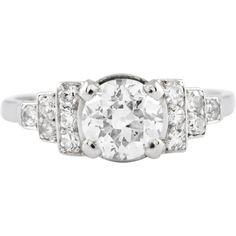 Bague Art Deco ANDEOLE Or Blanc et Diamants. Bague ancienne. #bague #artdeco #orblanc #diamants #ancienne #bijoux #luxe #valeriedanenberg