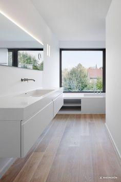 villa with modern Corten steel pool and atmospheric garden. Attic Bathroom, Upstairs Bathrooms, Bathroom Kids, Modern Bathroom, Bathroom Design Luxury, Bath Design, Dutch House, Steel House, Corten Steel