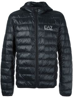 EA7 EMPORIO ARMANI . #ea7emporioarmani #cloth #