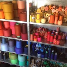 #manufakturfink #textildesign #stellwerkbasel #yarn #colours #weaving #colourful