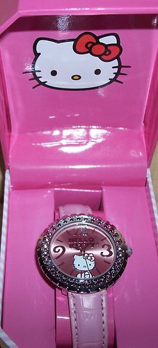 ON SALE NOW!! HELLO KITTY ROUND PINK WITH CRYSTAL AND PINK LEATHER BAND NIB $26.99