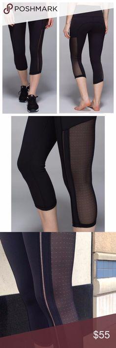 Lululemon Hot To Street Crop Super cute and sexy, rare style! EUC. size 8. lululemon athletica Pants Leggings