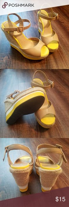 "Cute summer wedges! SBICCA wedges 5"" heel Size: 7.5  Great used condition Comes from a smoke/pet free home I accept most trades & offers I'm offering 15% off of bundles of 3 or more! Sbicca Shoes Wedges"
