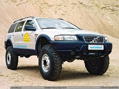 Volvo XC70 on portal axles