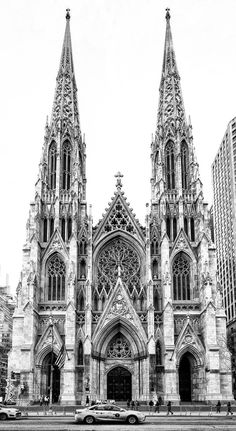 Patrick's Cathedral in New York City is a great example of Gothic architecture. it was built in 1878 and it features major Gothic elements like stain glass windows and the sharp points that are integrated all around the building. Zaha Hadid Architecture, Baroque Architecture, Le Corbusier Architecture, Masterplan Architecture, Architecture Drawing Art, Cathedral Architecture, Architecture Wallpaper, Architecture Portfolio, Concept Architecture