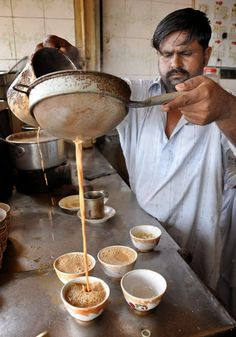 Chaaning the chai to get the froth; Dhabay ki chai, nothing can beat it! Tea Recipes, Indian Food Recipes, Recipes Dinner, Chai Tea Recipe, Matcha, The Chai, Chefs, Masala Chai, Different Countries