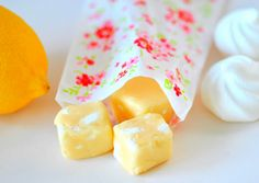 homemade lemon meringue fudge