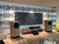 x - Audio Room Audio Studio, Music Studio Room, Studio Desk, Sound Studio, Music Rooms, Home Theater Room Design, Home Theater Rooms, Muebles Home, Whole Home Audio