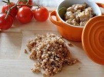 Cukinia faszerowana kaszą gryczaną, pieczarkami i papryką | Kaszomania.pl Cereal, Oatmeal, Breakfast, Food, The Oatmeal, Rolled Oats, Hoods, Meals, Corn Flakes