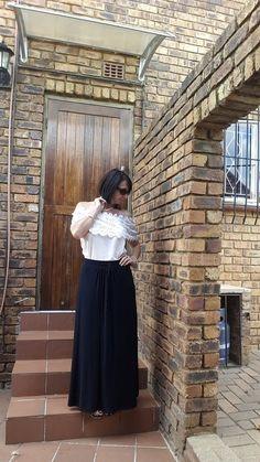 Maxi skirt, off the shoulder top