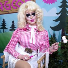 Trixie Mattel on Her New Sugarpill Cosmetics Makeup Line Oh Honey!, DragCon, and the Future of Drag Tammie Brown, Trixie And Katya, Adore Delano, White Chicks, Queen Makeup, Rupaul Drag, Living Dolls, Eye Makeup Tips, Dolly Parton