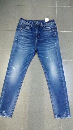 Raw Denim, Denim Jeans Men, Cut Jeans, Suit Fashion, Denim Fashion, How To Patch Jeans, Azul Indigo, Striped Jeans, Vintage Jeans