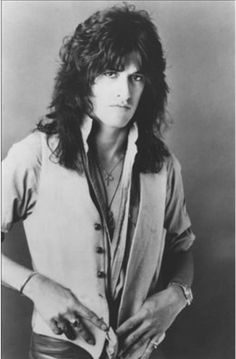 "Rock History Pics on Twitter: ""Happy 65th birthday Joe Perry. A true guitar hero and gentleman. #aerosmith #JoePerry #rockandroll http://t.co/pT6NncRuxT"""