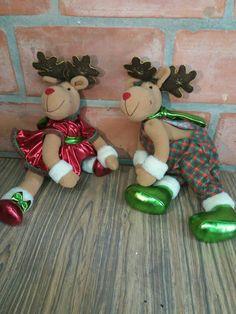 Pata karina Christmas 2016, Felt Christmas, Merry Christmas, Christmas Ornaments, Reindeer, Diy And Crafts, Santa, Crafty, Dolls